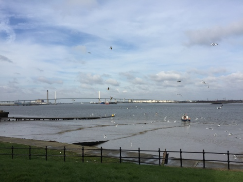 Greenhithe riverside walk